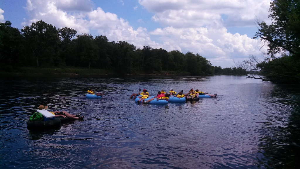 Wisconsin Dells River tube